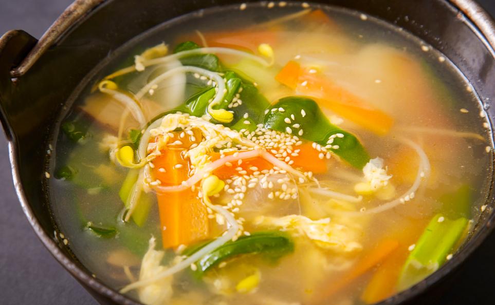 濱田屋の焼肉会席「賑わい」のスープ