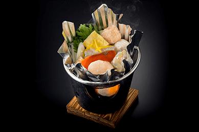 あみ達(冬季メニューの海鮮寄せ鍋)